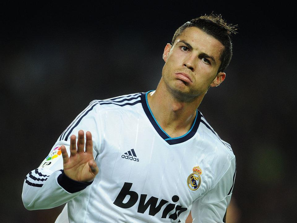 Топ-4 любовных скандала, в которых замешаны звезды футбола